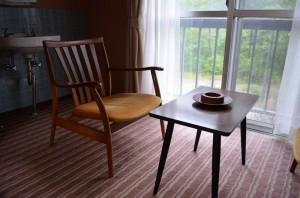 高瀬館のテーブル
